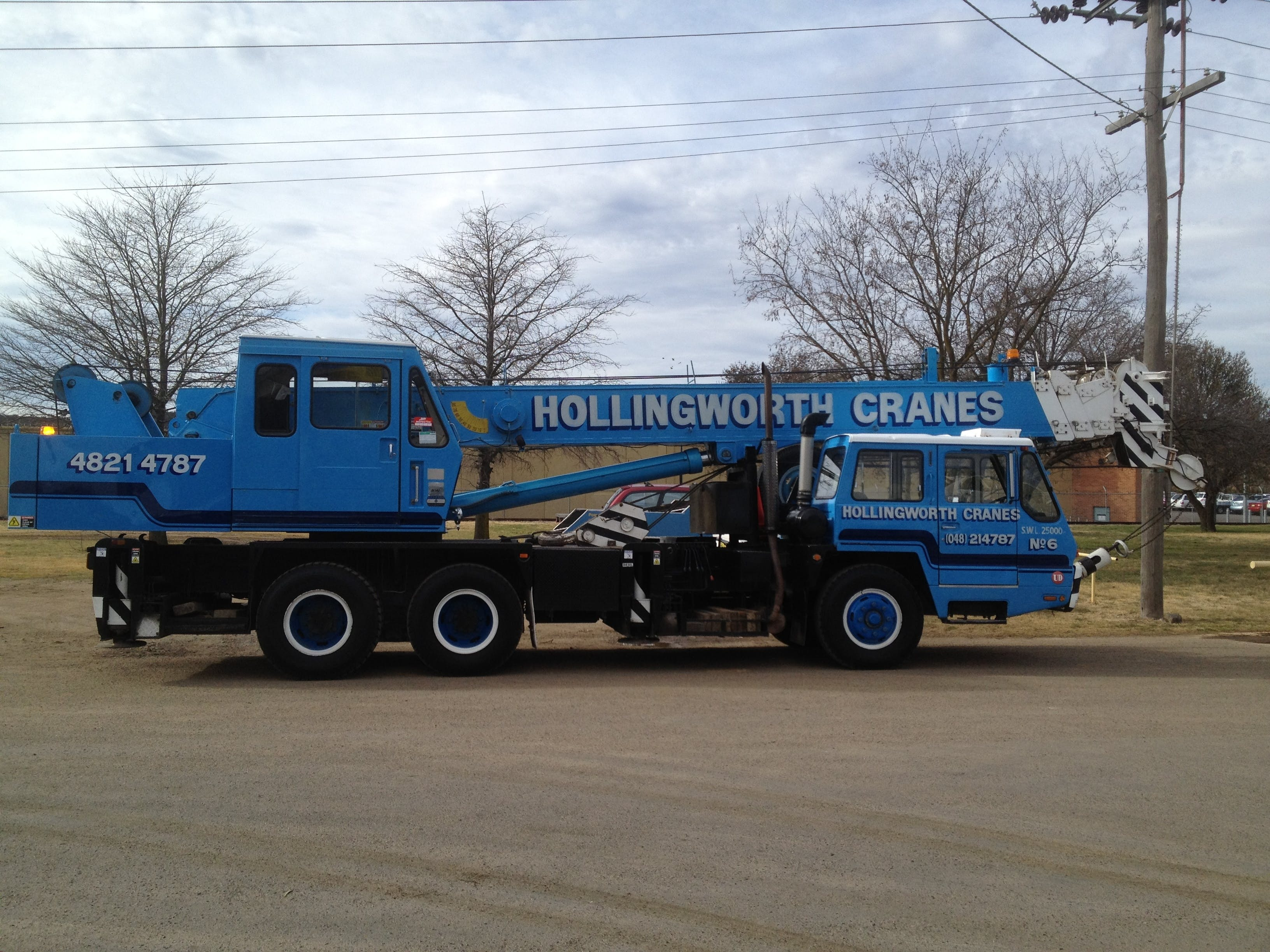 Hollingworth Crane Hire Service Pty Ltd