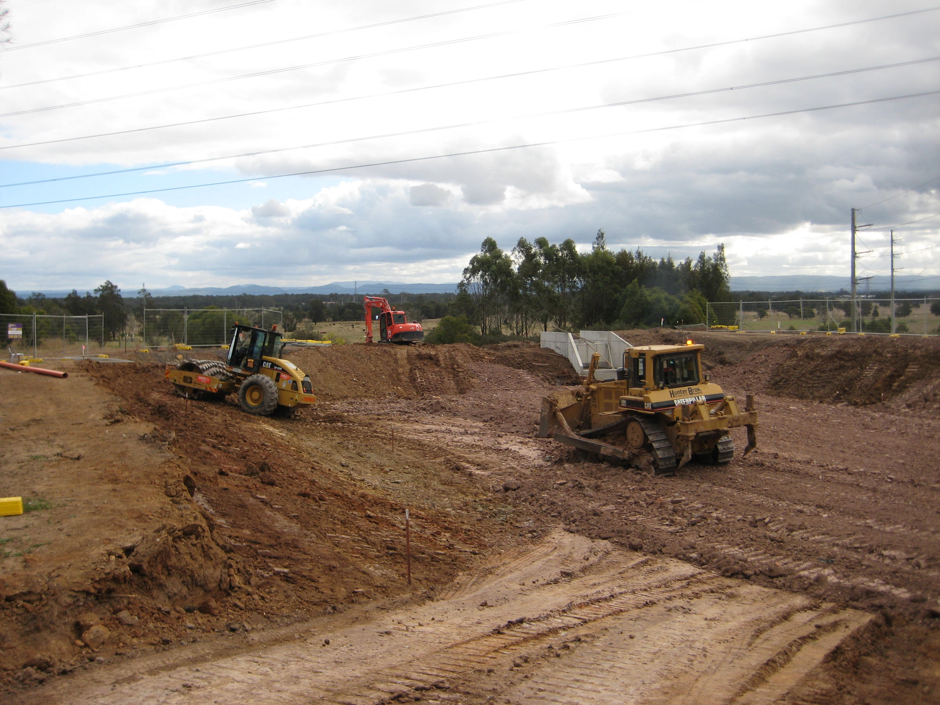 D6 or Equivalent  Dozer for hire - Hunter Bros Earth Movers Pty Ltd