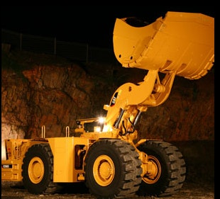 R2900G or Equivalent Loader for hire - Thomas Kingsley Resources Pty Ltd