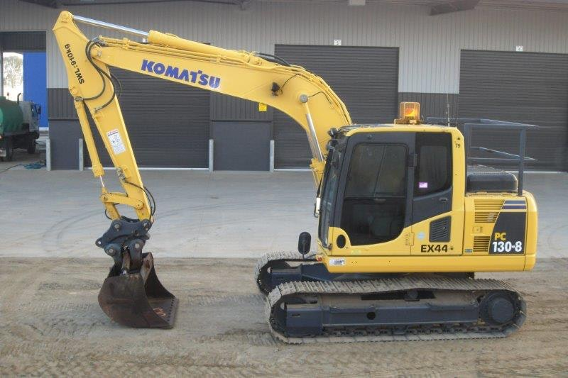12t - 14.9t Excavator for hire - Thomas Kingsley Resources Pty Ltd
