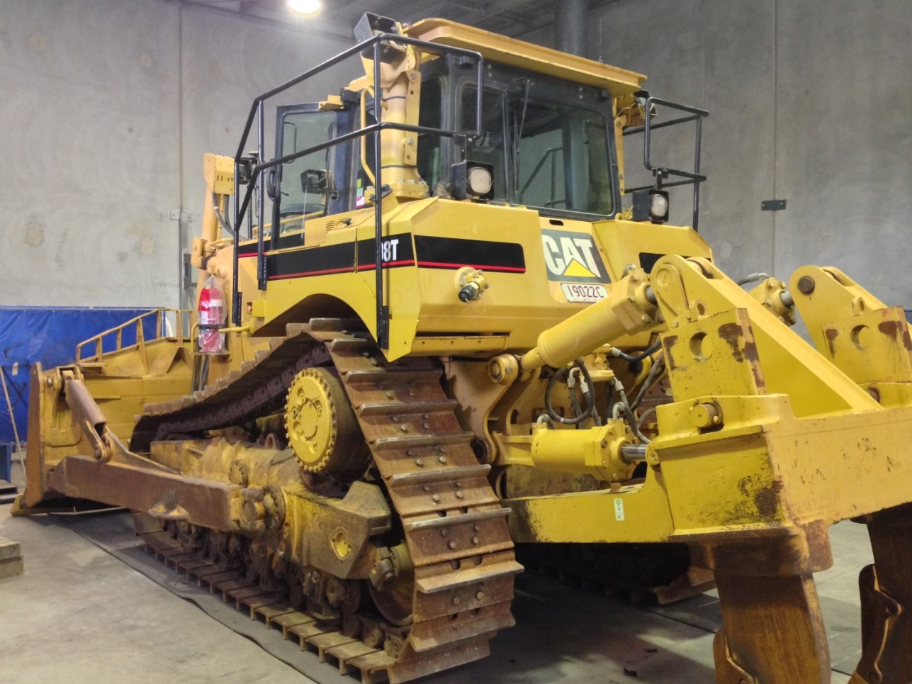 D8 or Equivalent  Dozer for hire - Thomas Kingsley Resources Pty Ltd