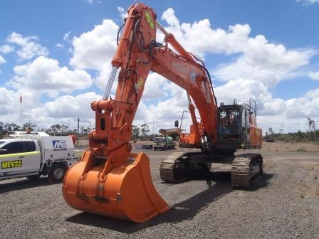 40t - 49t Excavator for hire - Matilda Equipment