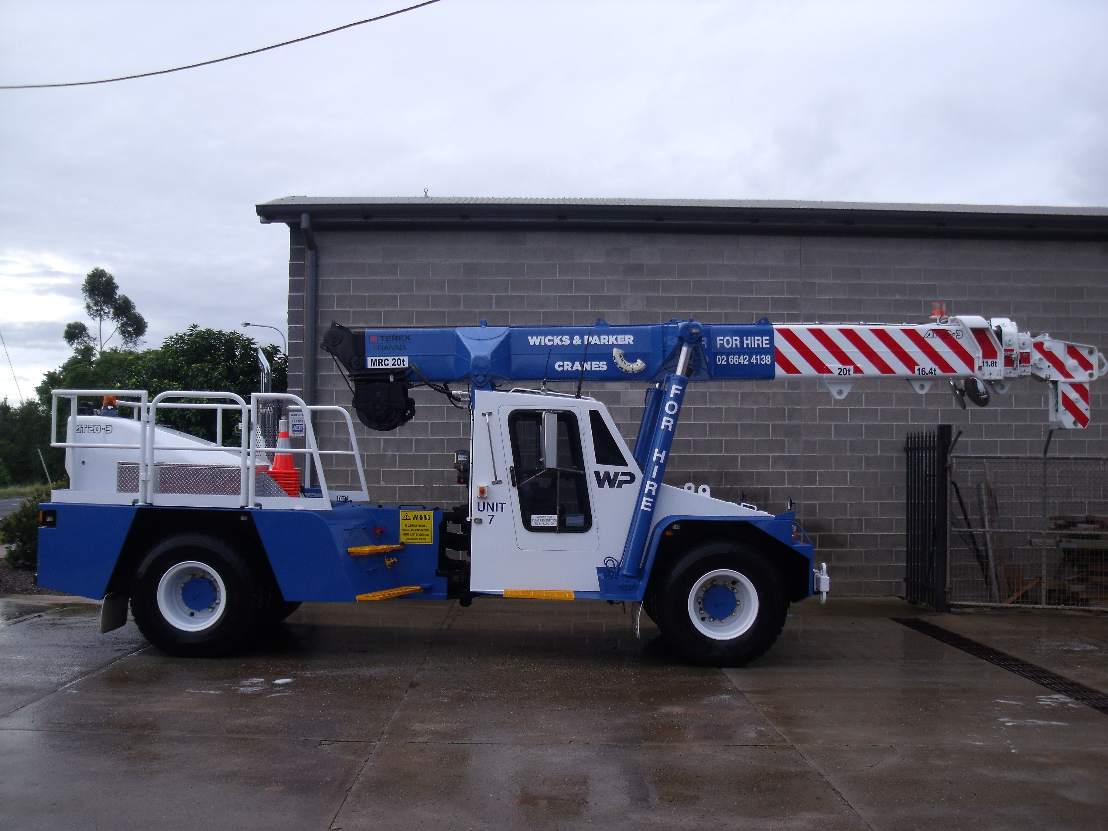 11t - 20t SWL Cranes for hire - Wicks and Parker Cranes