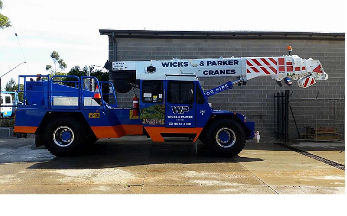 21t - 50t SWL Cranes for hire - Wicks and Parker Cranes