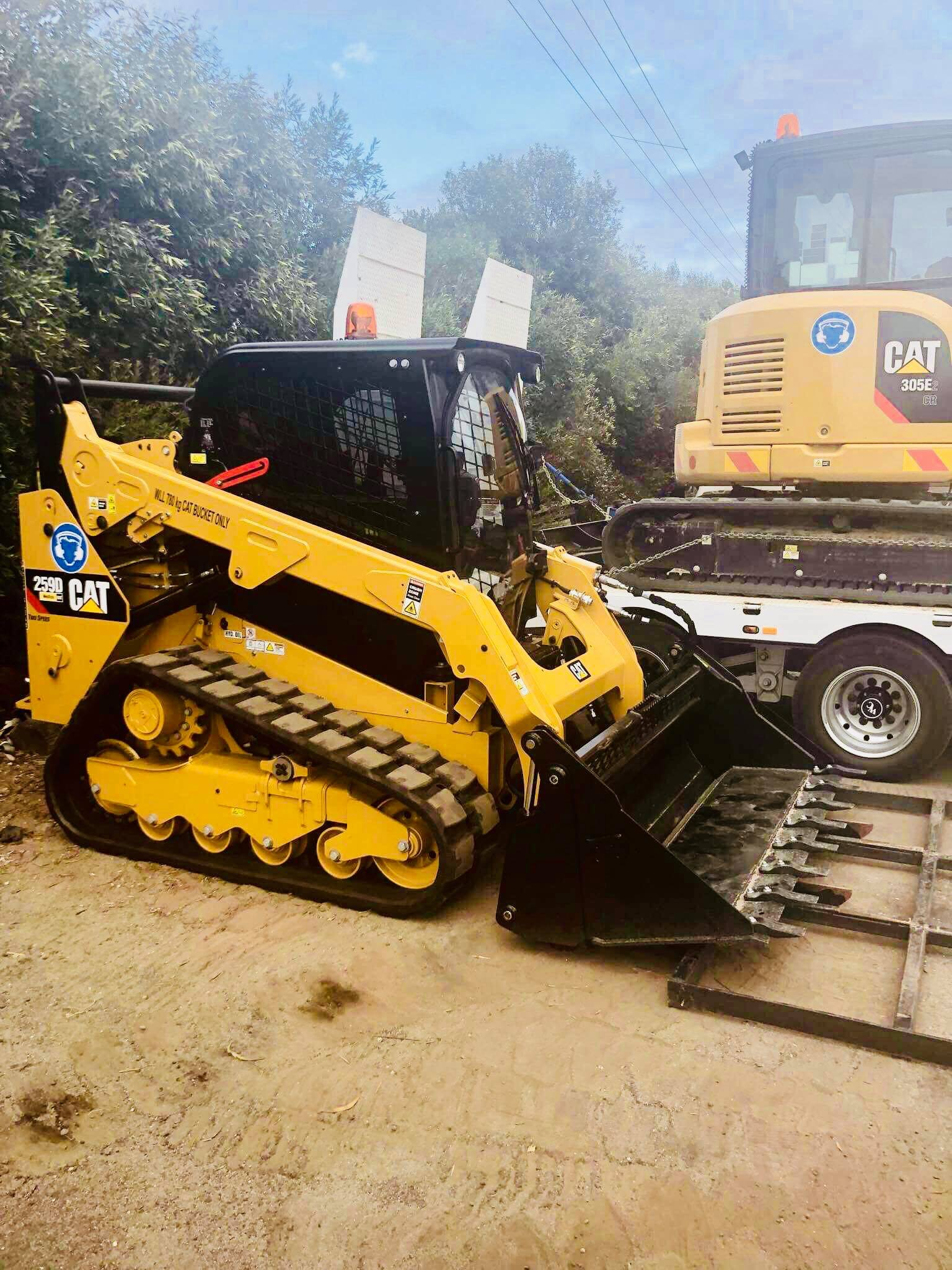 Large Bobcat & Skid Steer Loader for hire - DJK Excavations PTY LTD