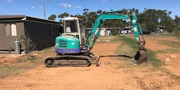 Brads Excavations &  Earthmoving Track Mounted