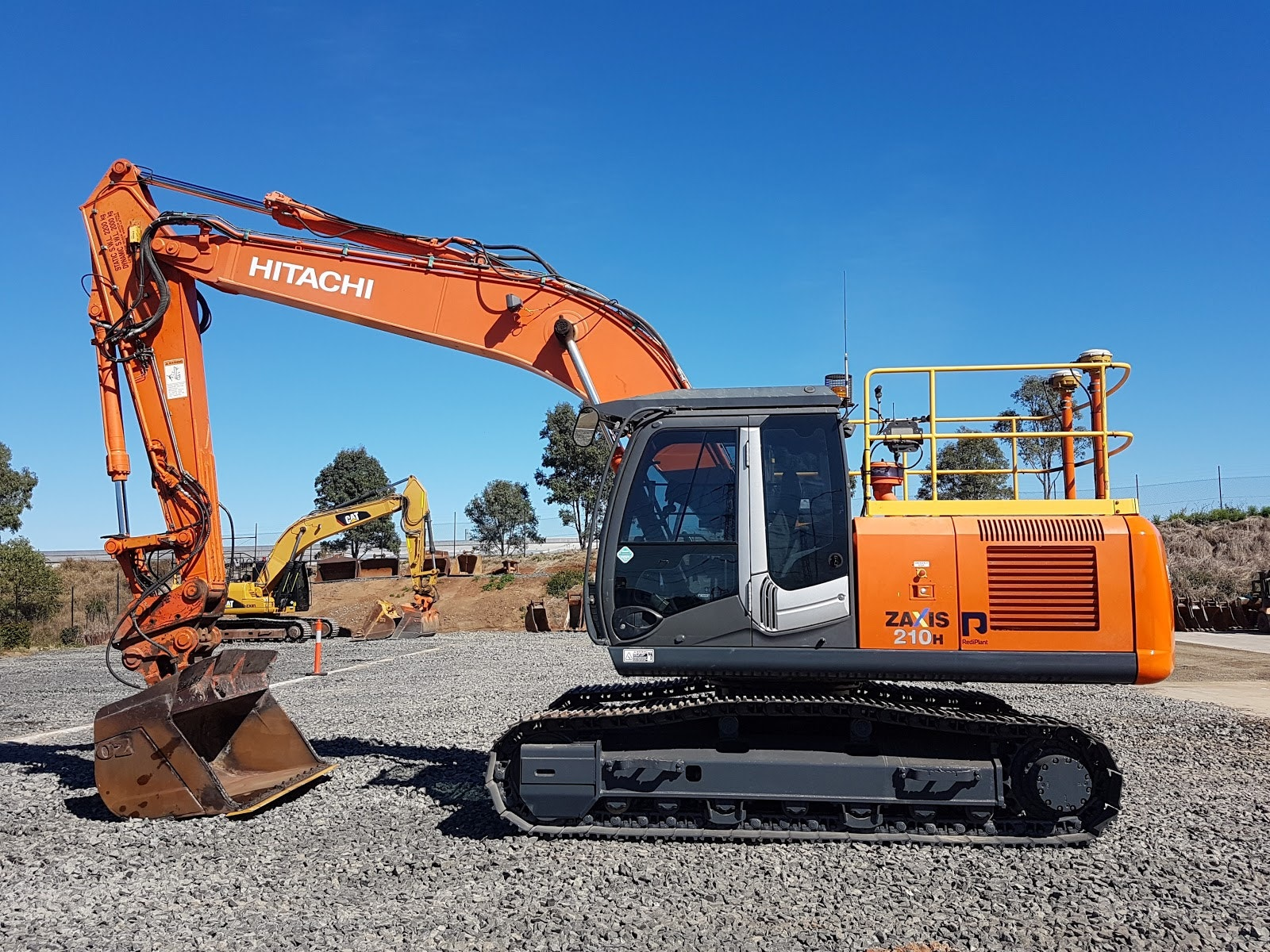 20t - 29t Excavator for hire - RediPlant