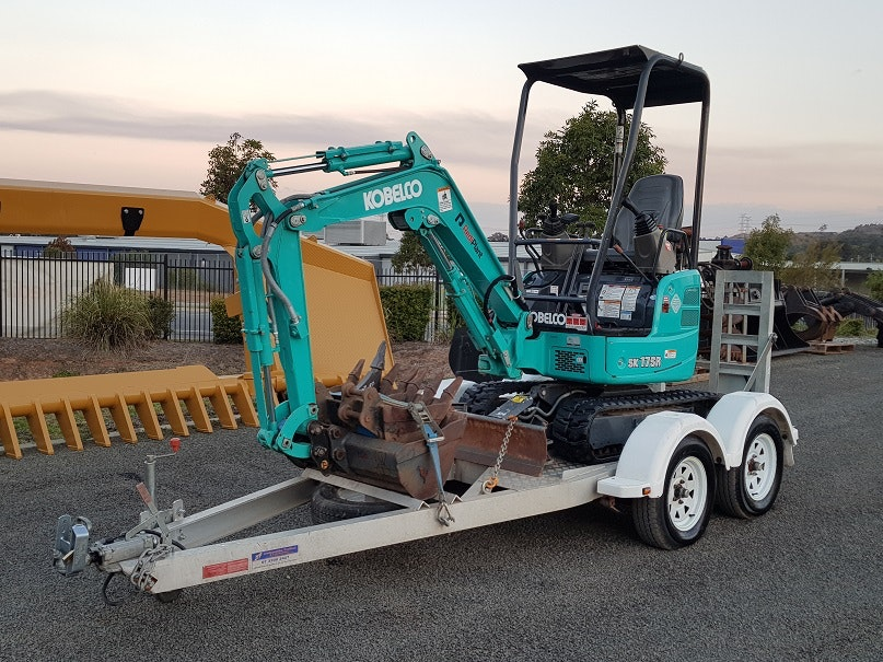 1t - 3.4t Excavator for hire - RediPlant