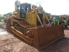 https://iseekplant-secure.imgix.net/db/images/547_12594_CAT%20D6R%20Dozer%20with%20ROPS%20Cabin%20TDZ03%20Off%20Hire%20Photos%20%2863%29.jpg?