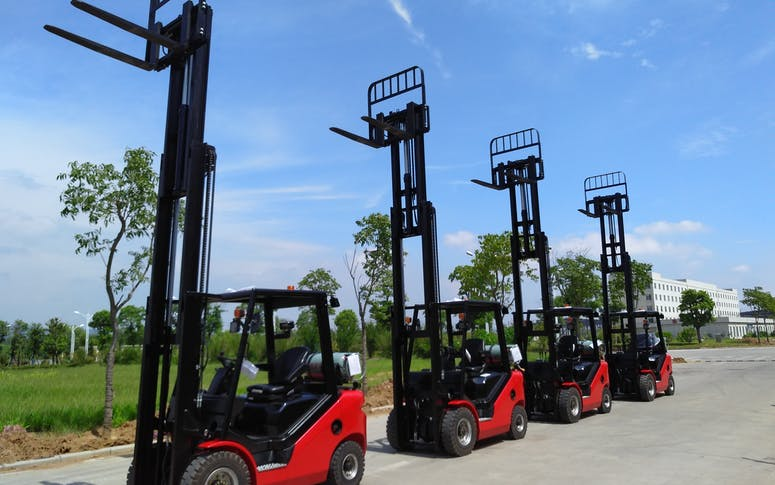 Gas and Petrol Powered Forklift