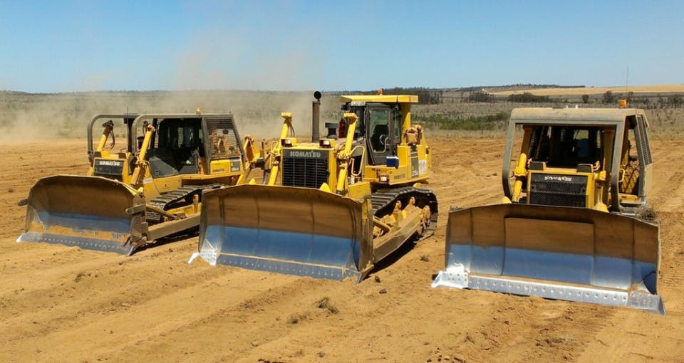 G and A Dozer Hire machinery for hire in Banana - iseekplant com au
