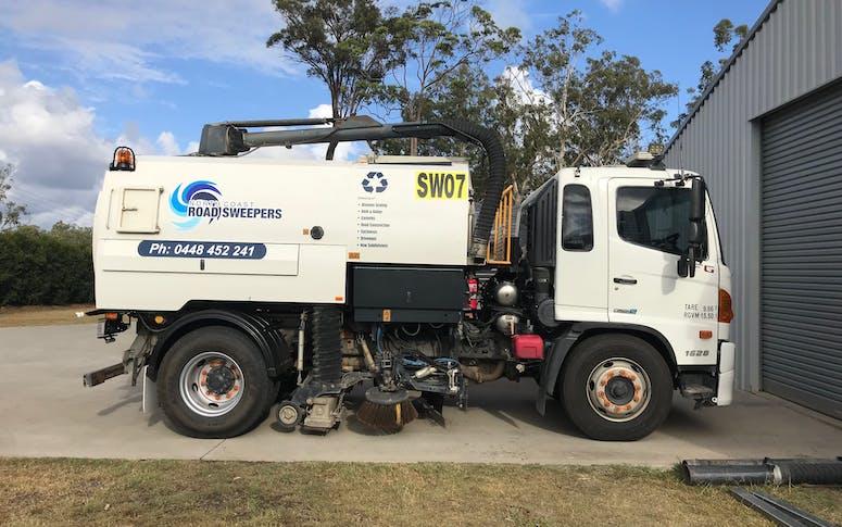 Road Truck Street Sweeper