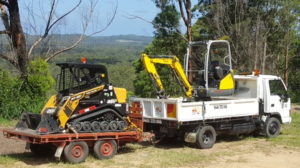 Ready Mini Diggers machinery for hire in Landsborough