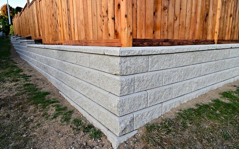 Retaining Walls Builders