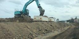 Border Constructions Tipper