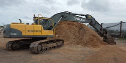 AJK Contracting Track Mounted Excavator