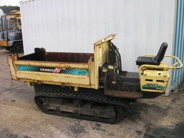 Less than 5t Dump Truck for hire - Thomas Kingsley Resources Pty Ltd