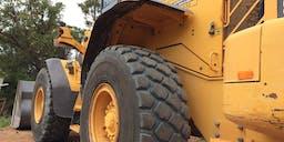 Bouvard Earthmoving and Bobcats Pty Ltd Wheel Loader