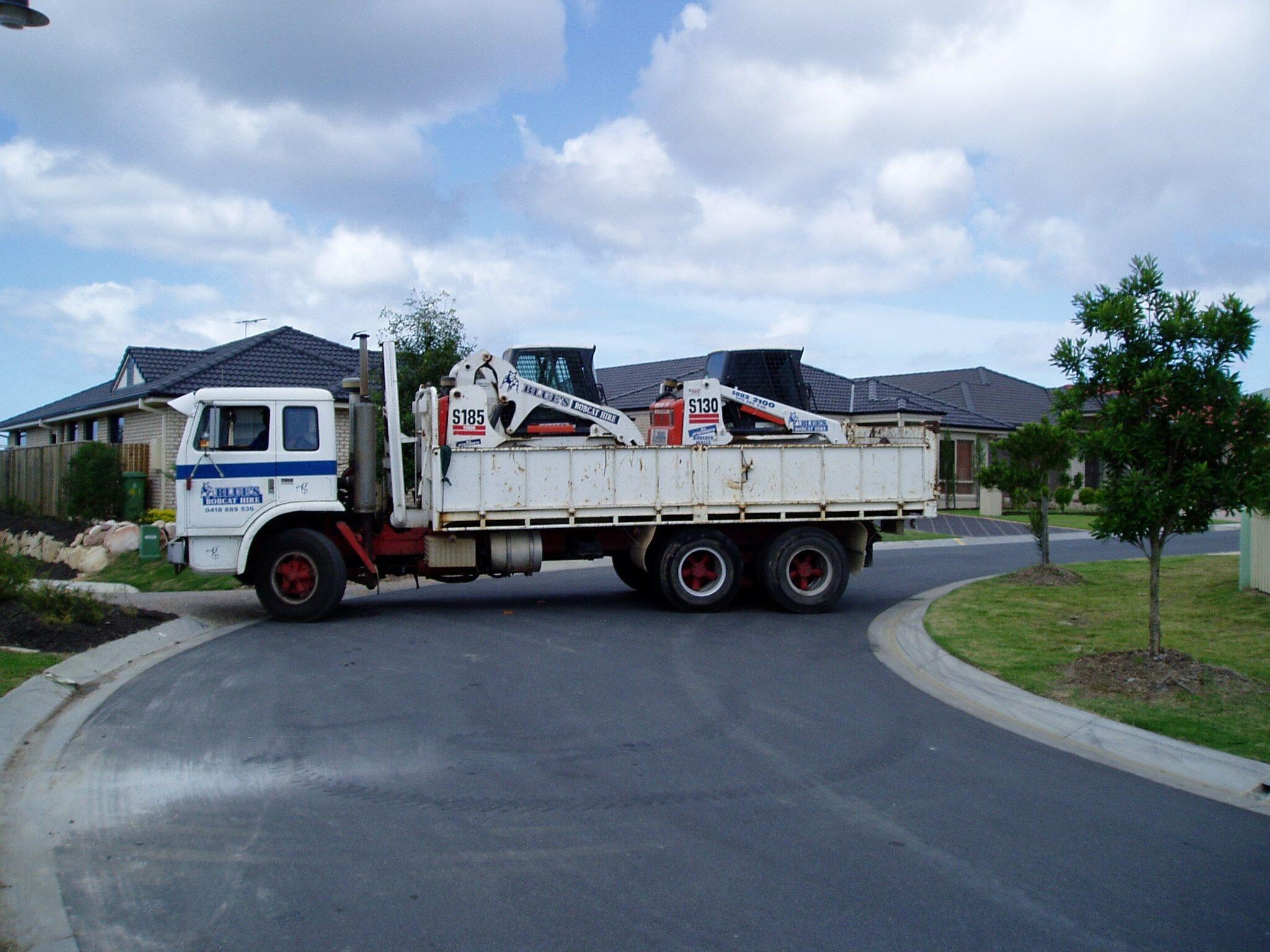 Medium Bobcat & Truck Combo for hire - Blues bob cat hire
