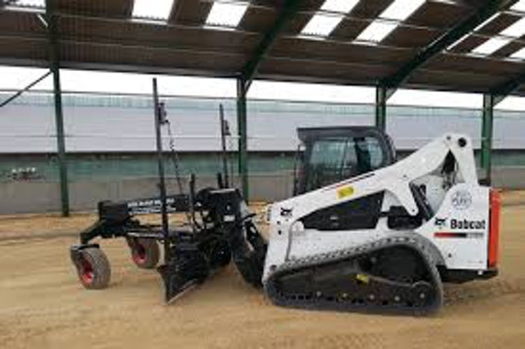 Woollams Earthmoving machinery for hire in Campbelltown