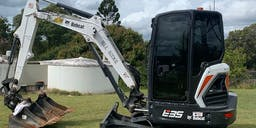 A1 Earthmoving & Landscaping Track Mounted Excavator